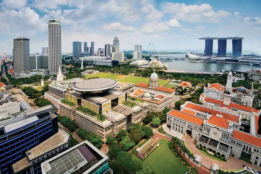 1200px-Aerial_view_of_the_Civic_District,_Singapore_-_20110224.jpg