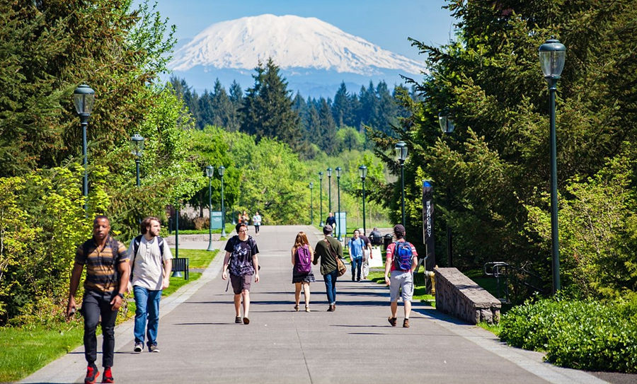 Mt._St._Helens_from_WSU_Vancouver_-_Summer_2016.jpg