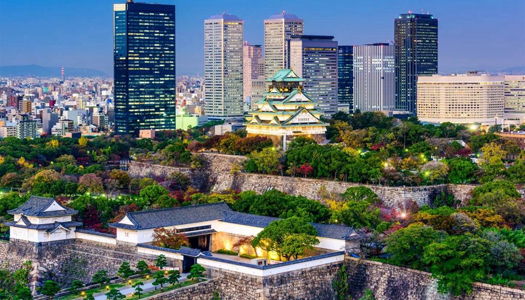 shu-Japan-Osaka-Osaka-castle-361261223-1440x823.jpg